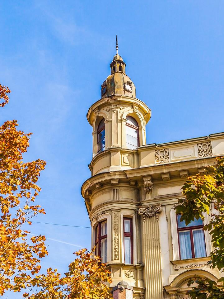 克罗地亚首都萨格勒布(Zagreb),顶的艺术_图1-4