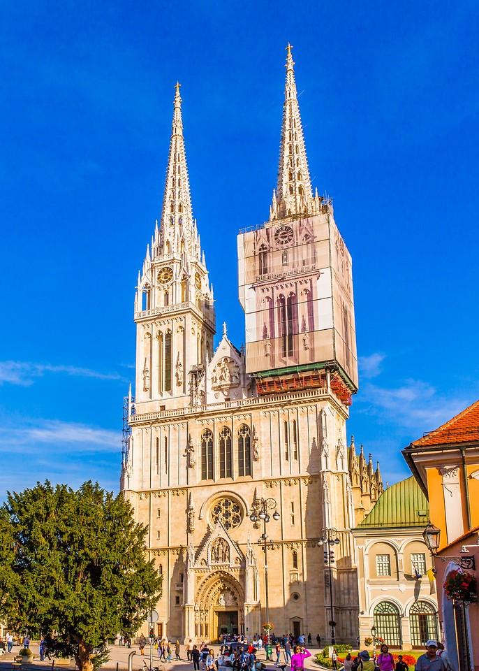 克罗地亚首都萨格勒布(Zagreb),顶的艺术_图1-17