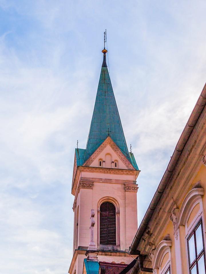 克罗地亚首都萨格勒布(Zagreb),顶的艺术_图1-21