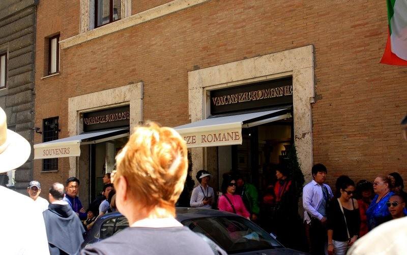 罗马的纪念品商店_图1-4