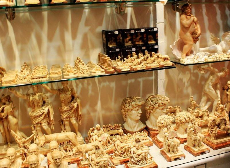 罗马的纪念品商店_图1-7