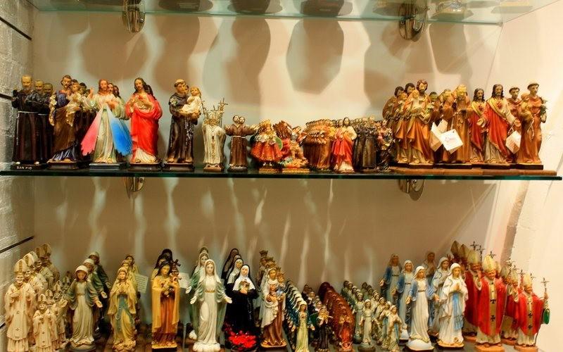 罗马的纪念品商店_图1-11