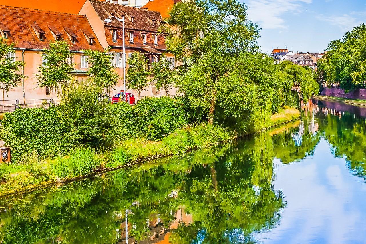 法国斯特拉斯堡(Strasbourg),河边市容_图1-11