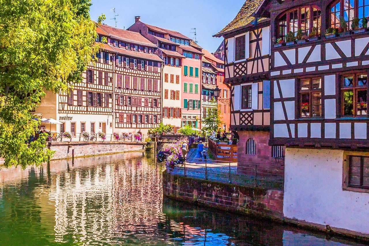 法国斯特拉斯堡(Strasbourg),河边市容_图1-10