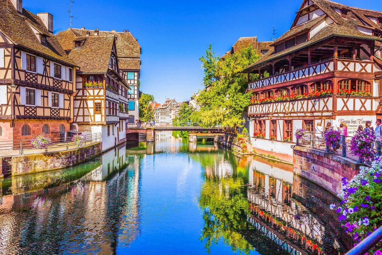 法国斯特拉斯堡(Strasbourg),河边市容_图1-9