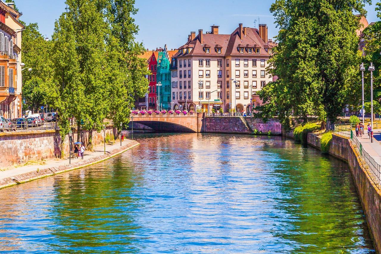 法国斯特拉斯堡(Strasbourg),河边市容_图1-22
