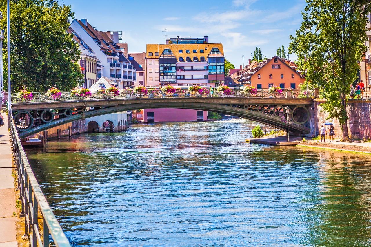 法国斯特拉斯堡(Strasbourg),河边市容_图1-28