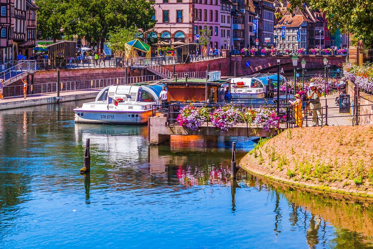 法国斯特拉斯堡(Strasbourg),河边市容_图1-27
