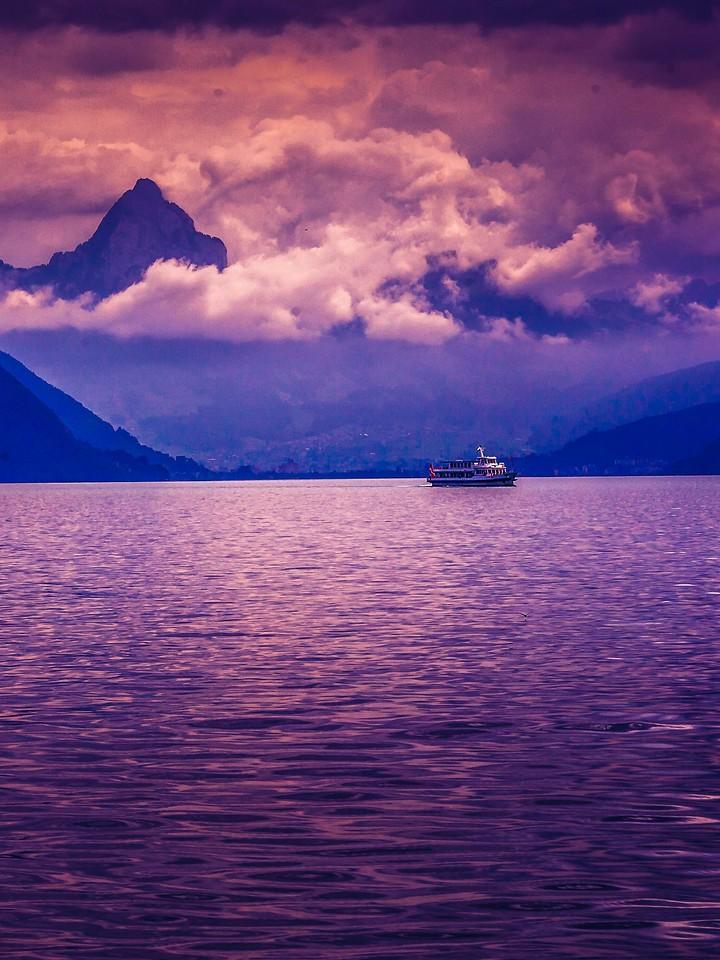 瑞士卢塞恩(Lucerne),浓浓的云彩_图1-1