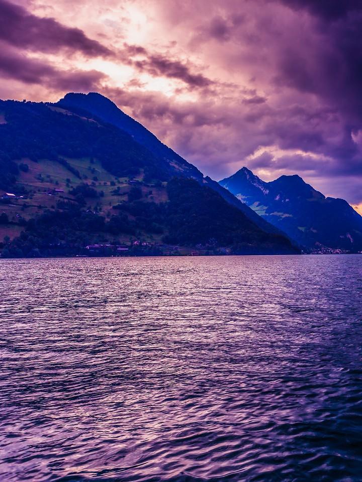 瑞士卢塞恩(Lucerne),浓浓的云彩_图1-2