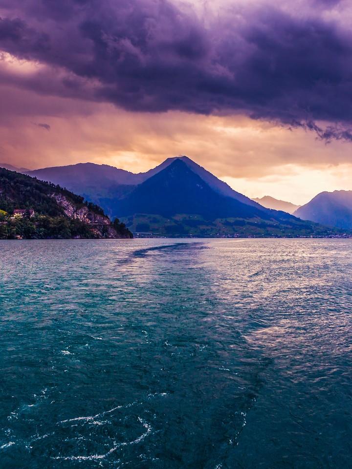 瑞士卢塞恩(Lucerne),浓浓的云彩_图1-14
