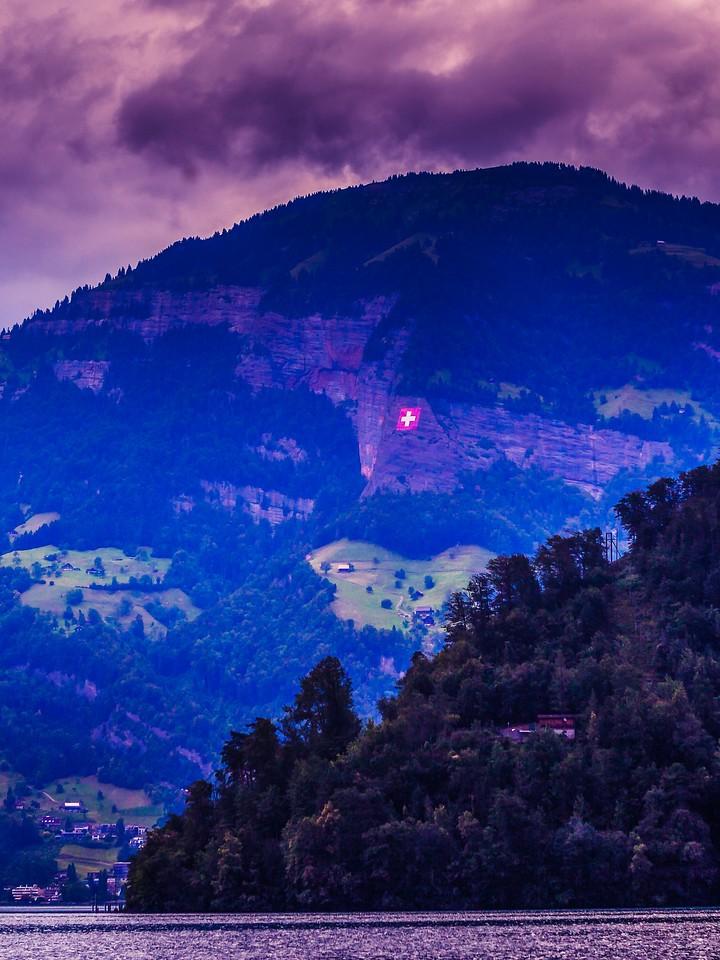 瑞士卢塞恩(Lucerne),浓浓的云彩_图1-16