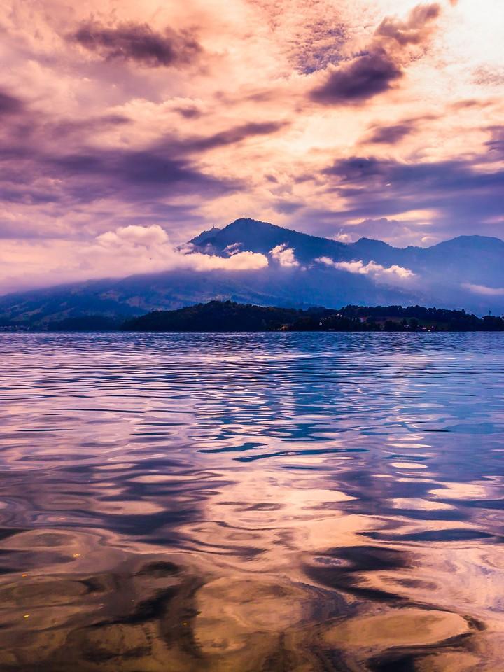 瑞士卢塞恩(Lucerne),浓浓的云彩_图1-21
