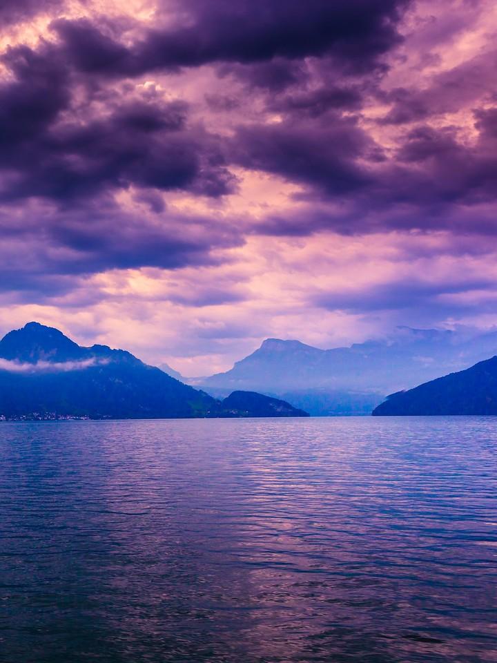 瑞士卢塞恩(Lucerne),浓浓的云彩_图1-29