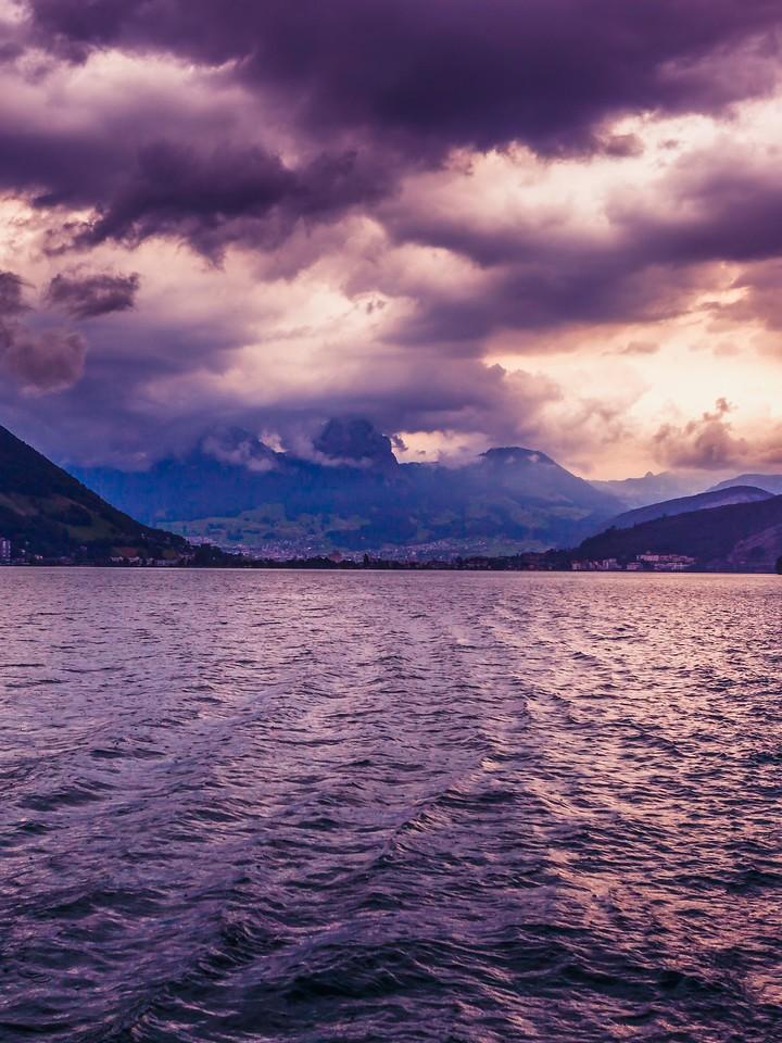 瑞士卢塞恩(Lucerne),浓浓的云彩_图1-27