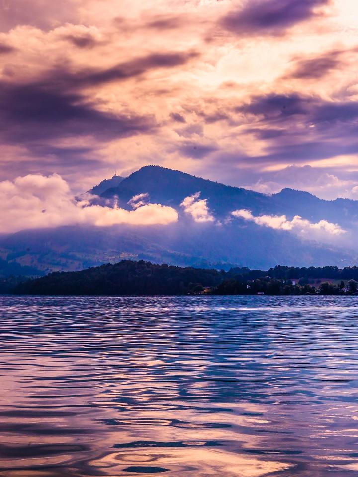 瑞士卢塞恩(Lucerne),浓浓的云彩_图1-41