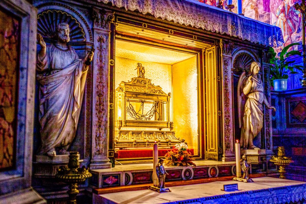 罗马圣伯多禄锁链堂,米开朗基罗杰作摩西雕像_图1-18