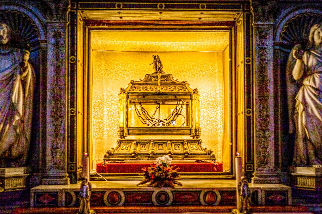 罗马圣伯多禄锁链堂,米开朗基罗杰作摩西雕像_图1-4