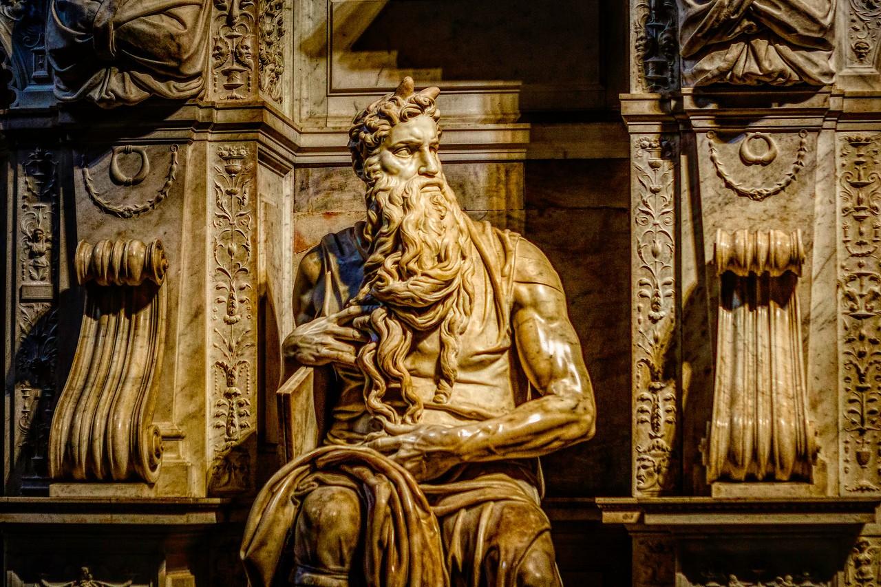 罗马圣伯多禄锁链堂,米开朗基罗杰作摩西雕像_图1-1