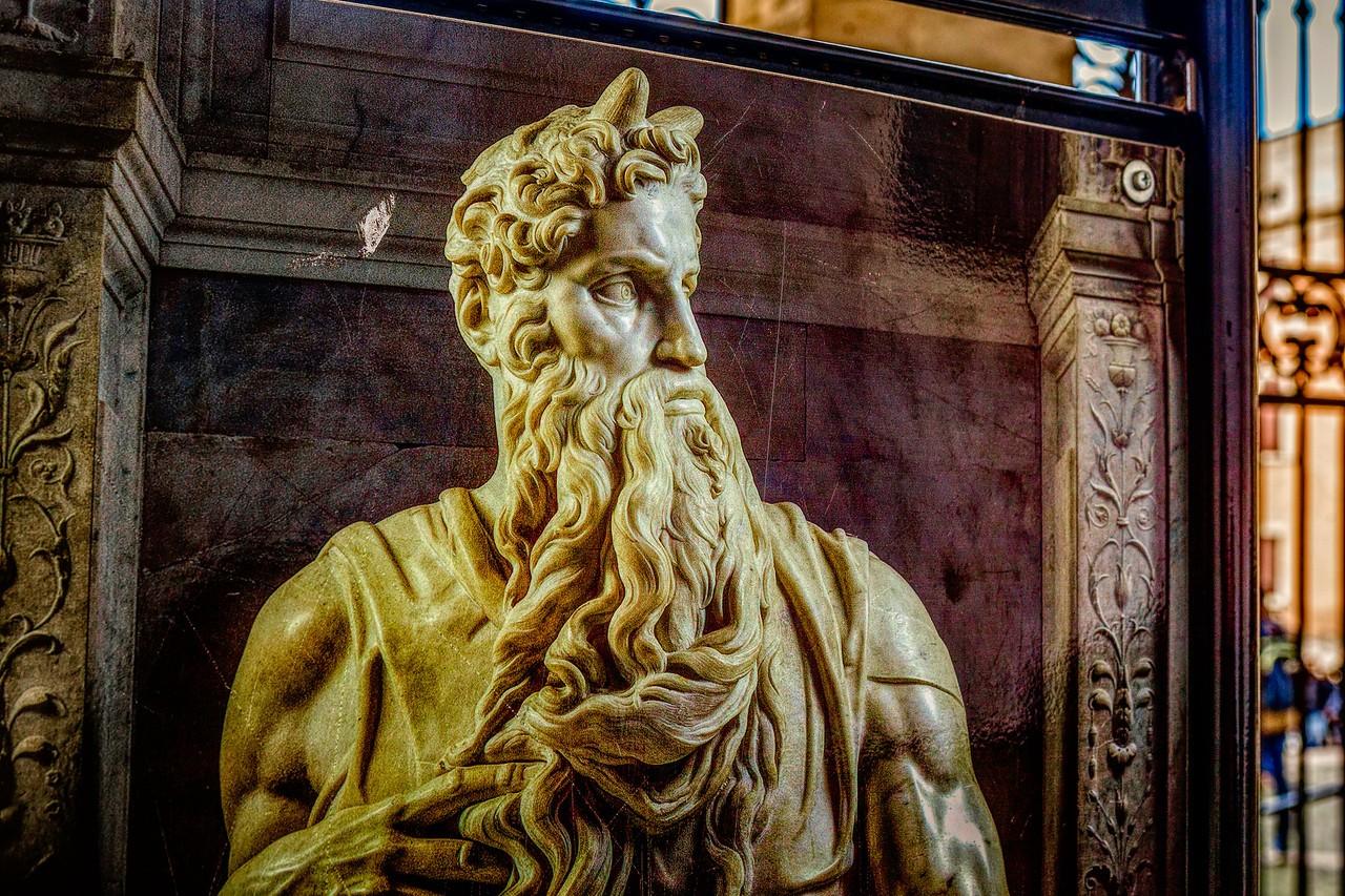 罗马圣伯多禄锁链堂,米开朗基罗杰作摩西雕像_图1-11