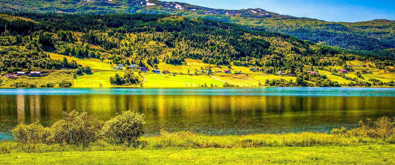 北欧风光,山坡上的家园_图1-25