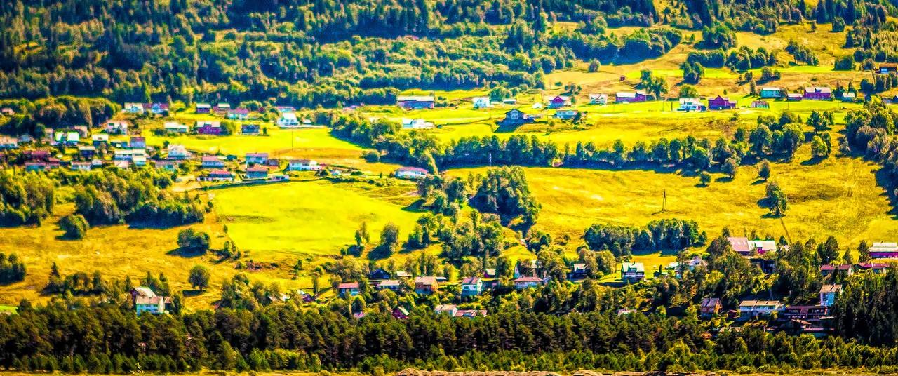 北欧风光,山坡上的家园_图1-27