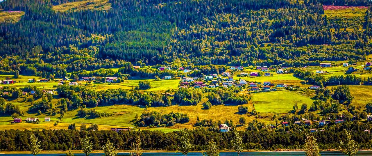 北欧风光,山坡上的家园_图1-21