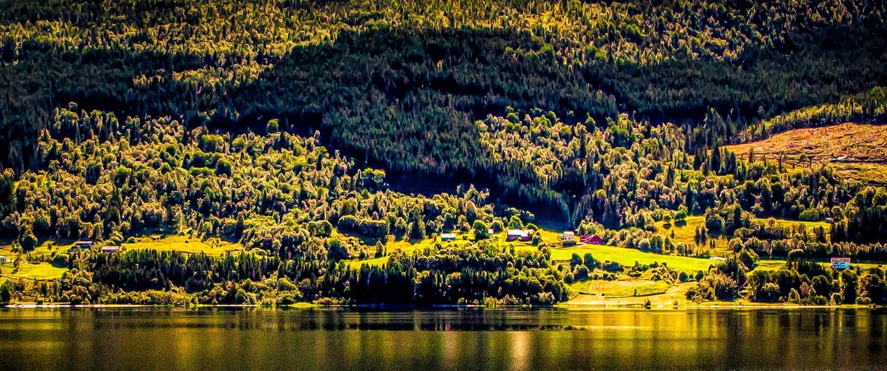 北欧风光,山坡上的家园_图1-17