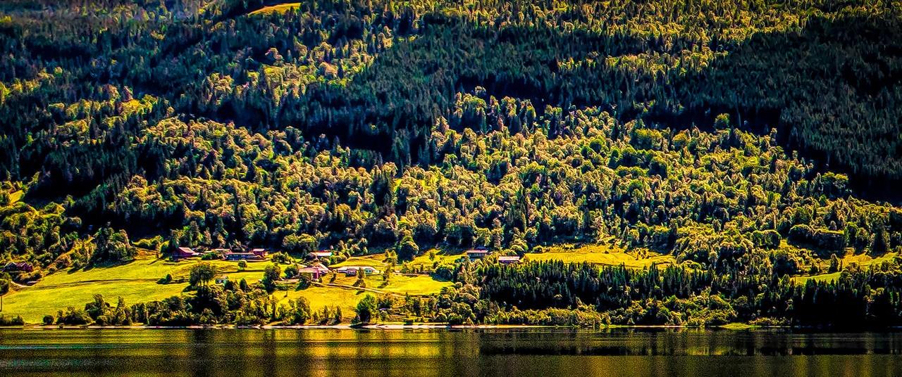 北欧风光,山坡上的家园_图1-18