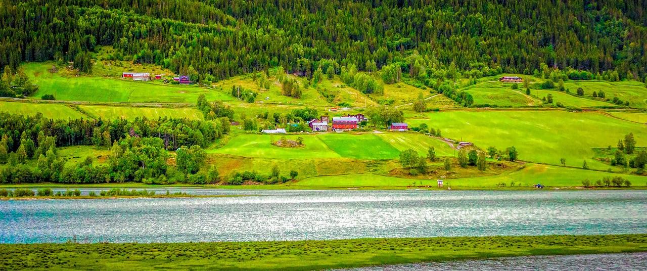 北欧风光,山坡上的家园_图1-19