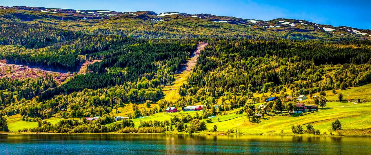 北欧风光,山坡上的家园_图1-14