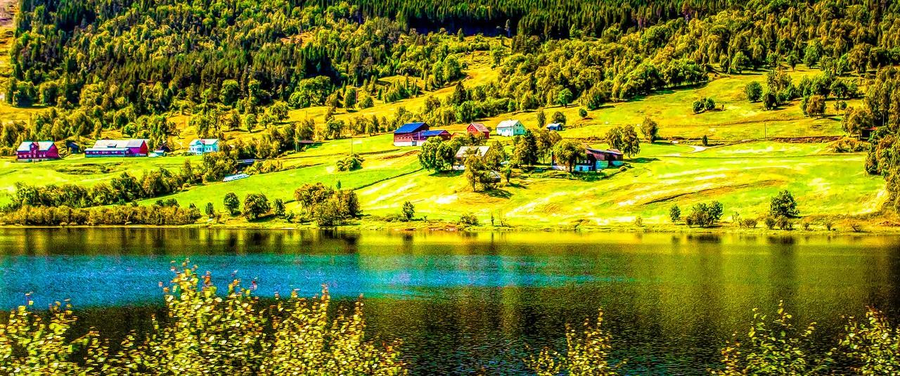 北欧风光,山坡上的家园_图1-1