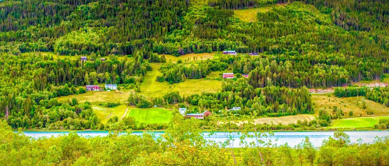 北欧风光,山坡上的家园_图1-5