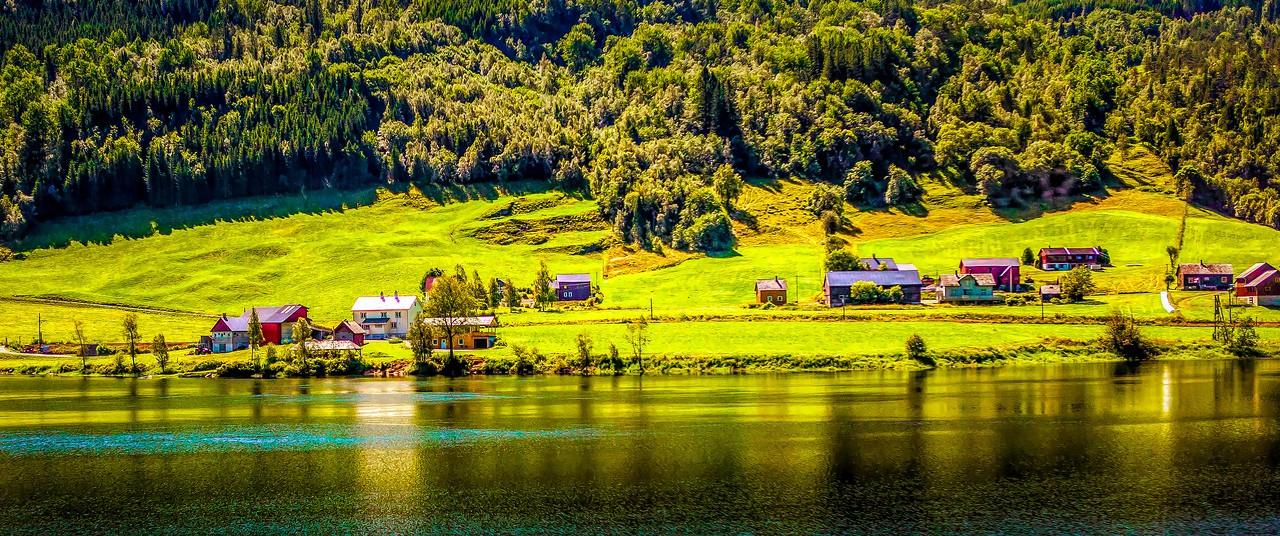 北欧风光,山坡上的家园_图1-10