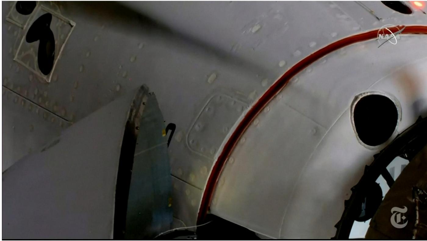 SpaceX太空船与空间站对接成功_图1-5