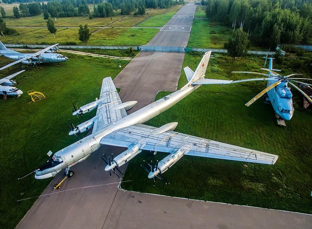 莫尼诺中央空军博物馆_图1-1