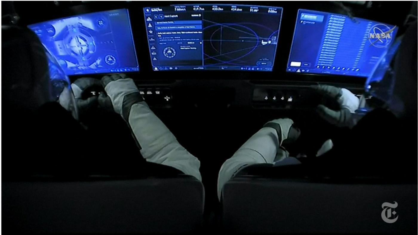 SpaceX太空船与空间站对接成功_图1-7