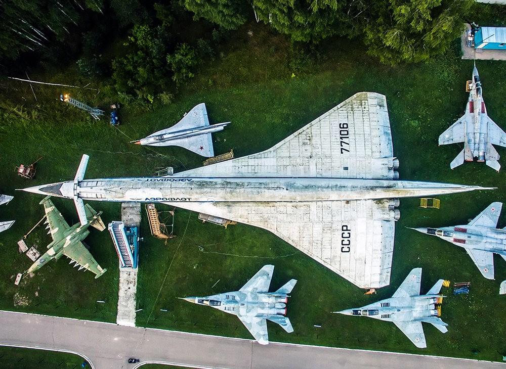 莫尼诺中央空军博物馆_图1-4