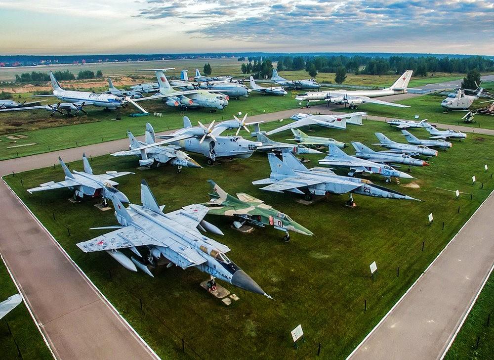 莫尼诺中央空军博物馆_图1-5