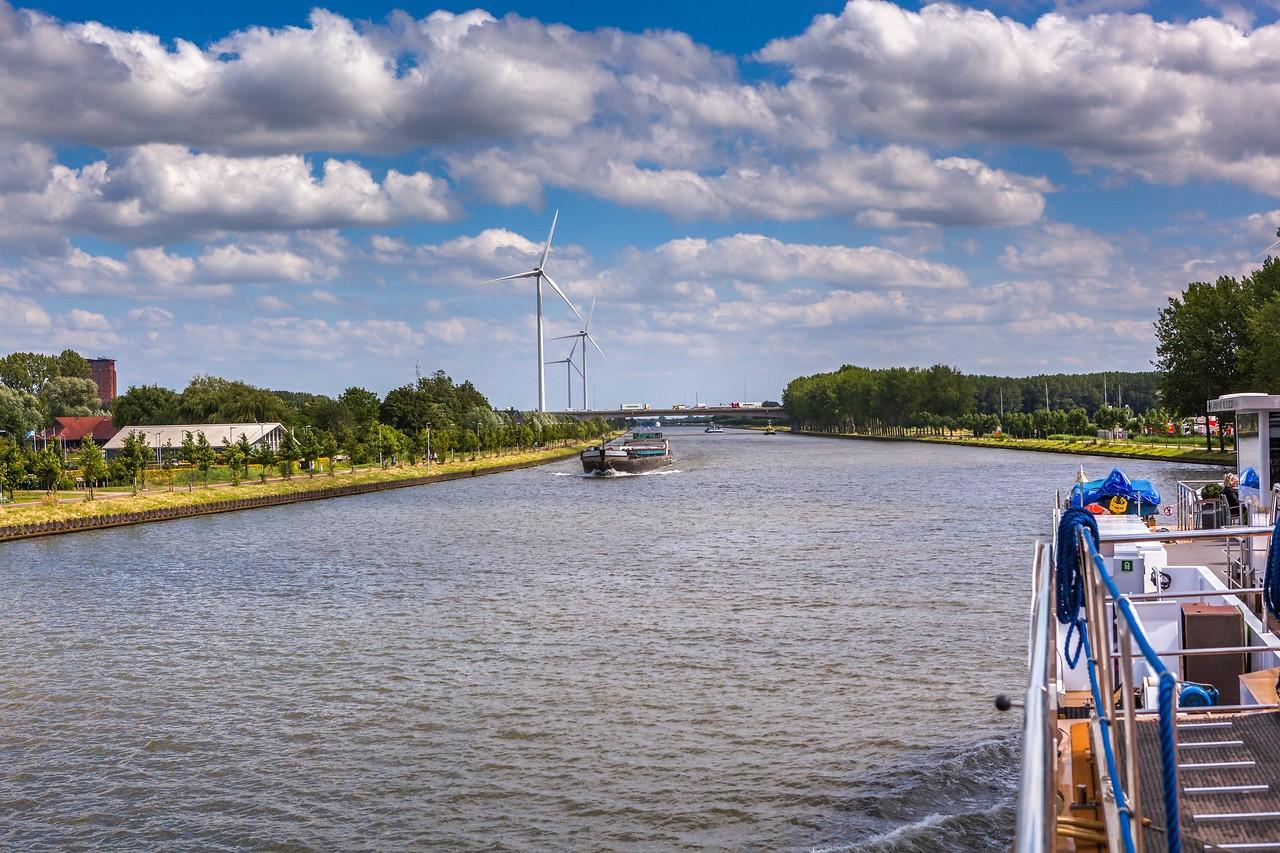 畅游莱茵河,游船视野_图1-19