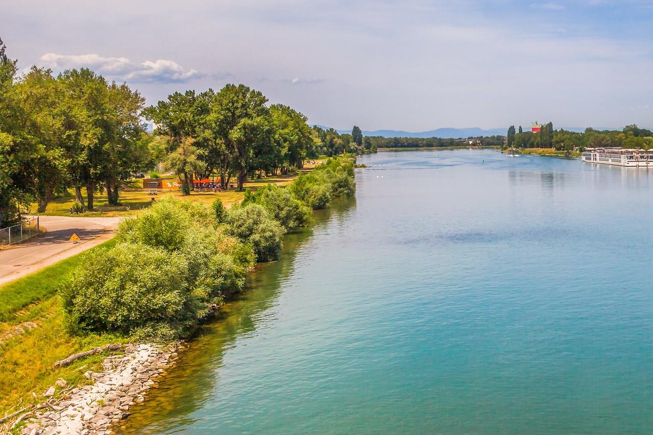 畅游莱茵河,游船视野_图1-17