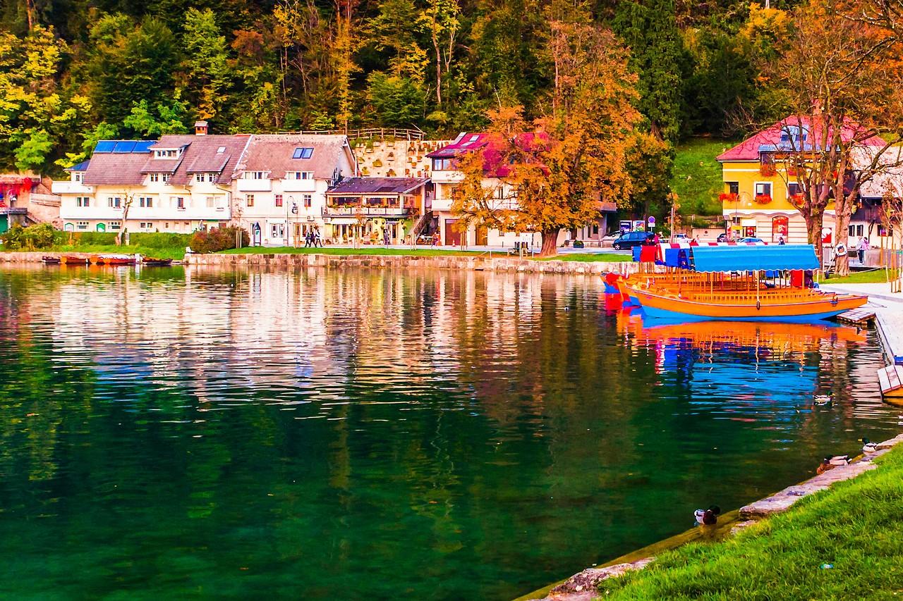 斯洛文尼亚布莱德湖(Lake Bled),湖边看景_图1-3