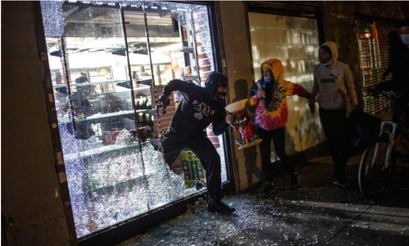 库莫强烈谴责纽约市长和警察不作为_图1-8