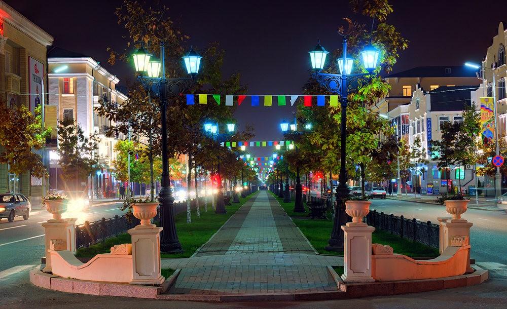 夜间的格罗兹尼市_图1-14