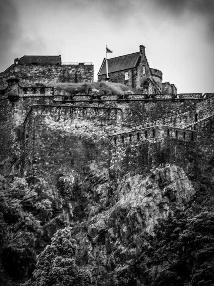 苏格兰爱丁堡城堡(Edinburgh Castle),城市制高点_图1-2