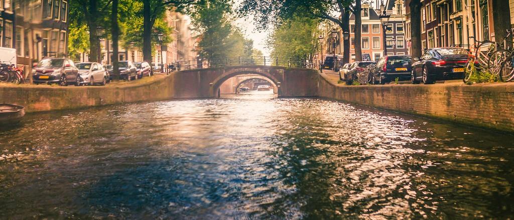 荷兰阿姆斯特丹,坐船游城_图1-2