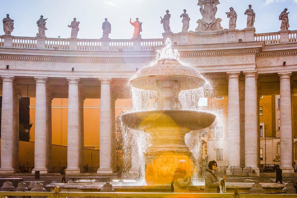 梵蒂冈圣伯多禄广场(St. Peter's Square),闻名天下_图1-19