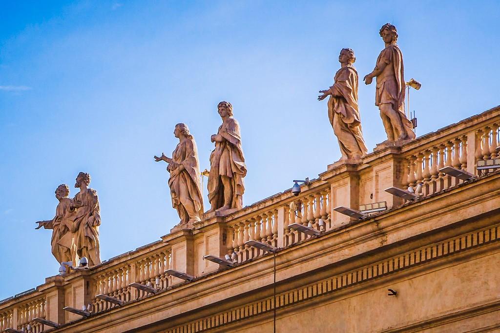 梵蒂冈圣伯多禄广场(St. Peter's Square),闻名天下_图1-9