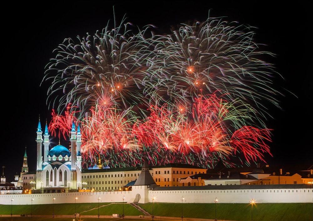喀山克里姆林宫与城市日的烟花_图1-11