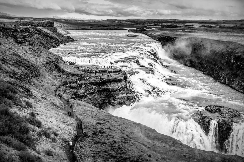 冰岛古佛斯瀑布(Gullfoss),场面震撼_图1-1